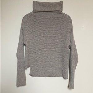 ARITZIA Babaton Gray Sweater XXS